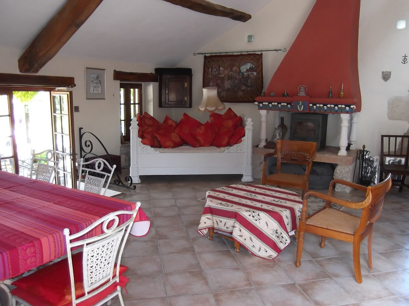 Maison de Ferme Kitchen